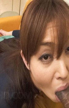 モデル級の美熟女加納瞳さんがいアワビを見せつけてバイブオナニー。ご奉仕フェラで搾り取ります!