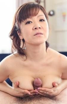 Ichika Asagiri Asian makes dong hard between her naughty boobs