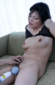 Ryo Sasaki Asian licks boner and gets fingers inside her crack