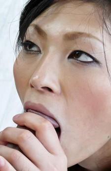 Ryo Sasaki Asian licks boner and gets fingers inside her crack