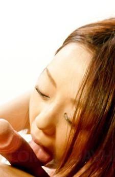 芸能人結城リナちゃんがご奉仕フェラから、美尻を突出し生ハメおねだり!バックでガン突きで、ザーメン中出し!