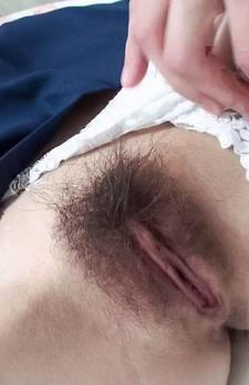 厚めの唇が淫乱さを想像させる爆乳女子校生ゆなちゃんをゲット。ご奉仕フェラから生ハメファック!
