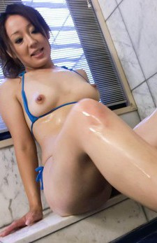 Ruhime Maiori in small bath suit pours cum after teasing boner