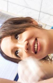 ピチピチボディの舞織瑠姫ちゃんがスケスケの青いマイクロビキニ姿で足コキ&フェラご奉仕。濃いザーメンをお口でキャッチ!