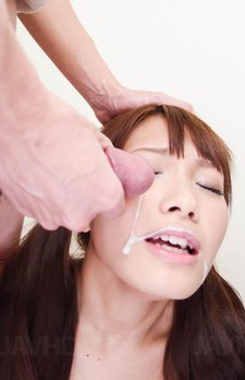 Suzu Minamoto Asian in short skirt gets cum in mouth from dicks