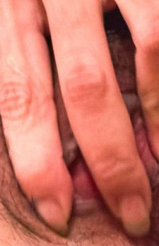 Eve Asian in pink lingerie has dark cunt fingered and sucks tool