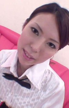 Rino Asuka Asian in office uniform rubs her pussy and a phallus