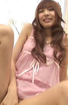 パステルお嬢様桜井梨花がローターオナニー。チンポを差し出されて、ジュルジュルとバキュームフェラ。顔面でザーメンを受け止めます!