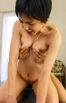 Sakura Aida has nipples squeezed of milk while riding phallus