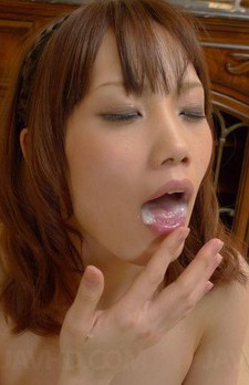 Ageha Kinashita Asian sucks boner and enjoys the sperm taste
