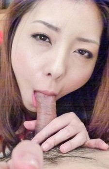 Maki Mizusawa Asian in red strings sucks cock and fingers herself