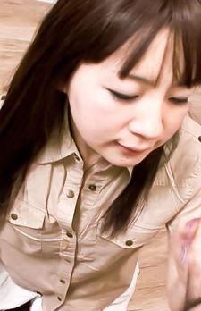 ロリ系藤原ひとみ先生の授業はメチャ楽しいですよ!テストの良い子には、ズボンを下ろしてチンコを舐め咥えだすひとみ先生!