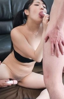 Misaki Oosawa sucks dick and is aroused with vibrators big time