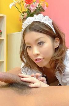 ご主人様の忠実な玩具メイドさんは、美少女児島奈央ちゃん。69でフェラして、正常位で生挿入。騎乗位で髪を振り乱して喘ぎ狂う。