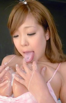 Hiyoko Morinaga Asian with big jugs out has shaved peach fucked