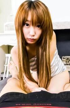 Eカップ美巨乳、キュートなアヒル口が魅力の杏樹紗奈ちゃんが登場!フェラチオプレイでザーメンをお口でキャッチ!