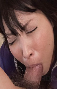 Chihiro Kitagawa Asian takes boner in deepthroating and gets cum