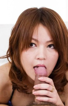 Miruku Ichigo Asian plays with tongue on boner till gets cum